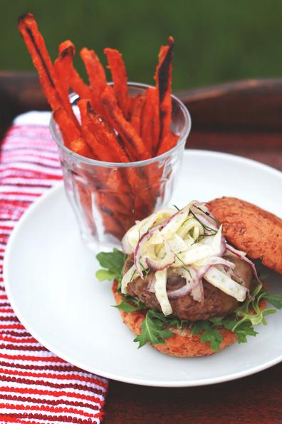 Smoked Gouda Burger | Perpetually Chic