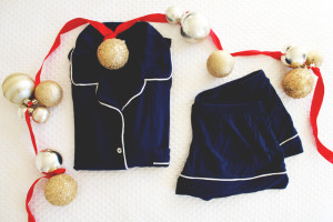 perpetually chic gifts: eberjey pj set