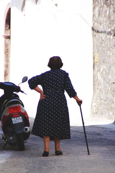 santorini | perpetually chic