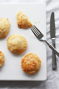thanksgiving hand pies | perpetually chic