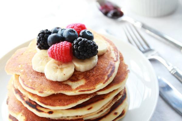 EE_Buttermilk-Pancakes-5
