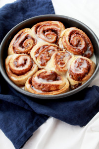 Pecan Cinnamon Rolls with Mascarpone Icing | Perpetually Chic