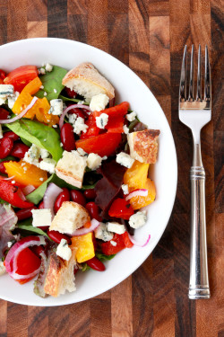 Panzanella Salad with Lemon-Garlic Vinaigrette | Perpetually Chic