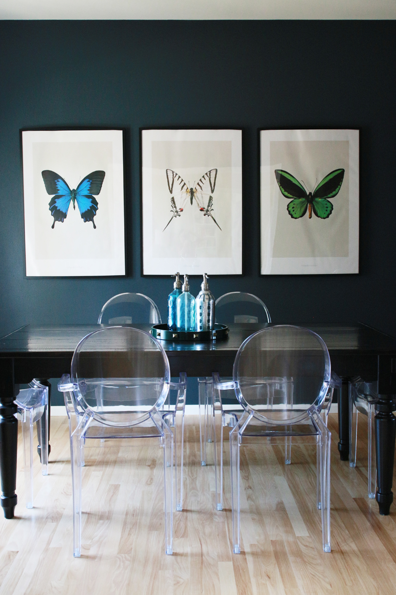 Navy blue dining room butterfly prints perpetually chic for Dining room prints